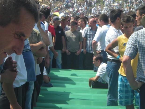 Funerali a Srebrenica
