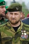 Kadyrov in mimetica e medaglie