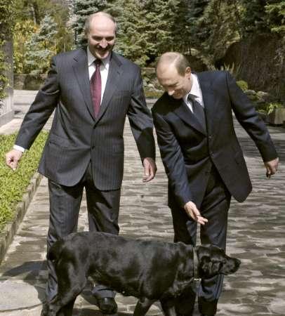 Lukashenko, Putin e il cane di quest'ultimo