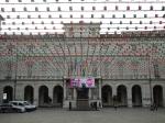 Il tricolore davanti al Comune di Torino