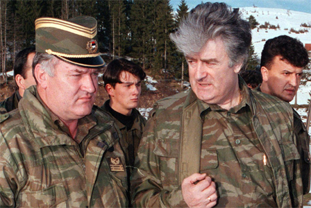 Mladic e Karadzic ai tempi della guerra di Bosnia