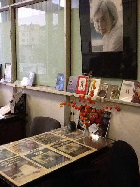 La stanza di Anna Politkovskaja alla Novaja