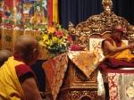Monaco ascolta il Dalai Lama