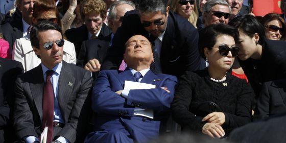 Berlusconi dorme