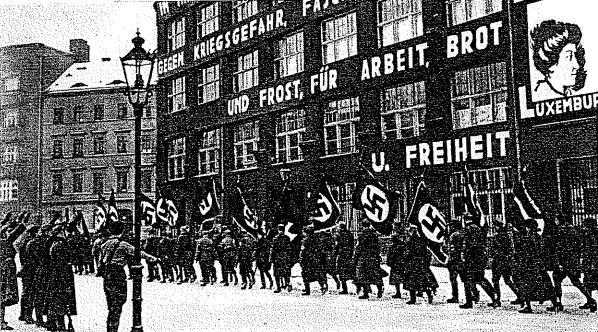 Manifestazione nazista