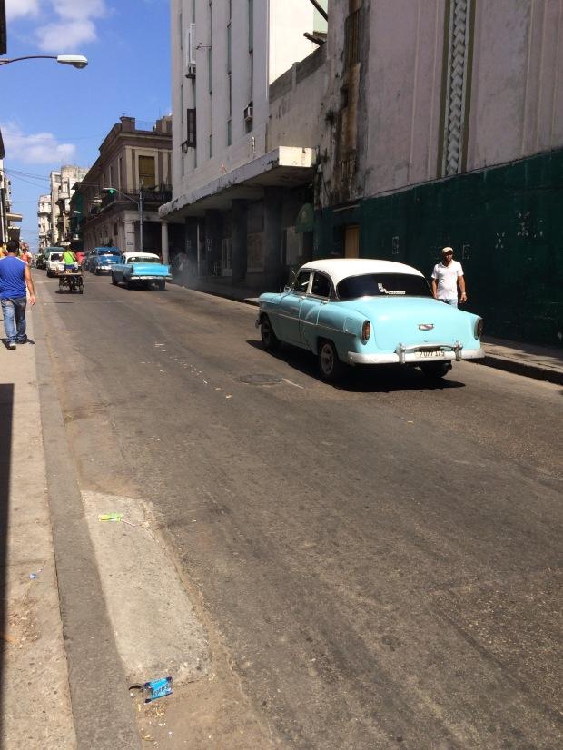 Vecchie macchine americane a Cuba